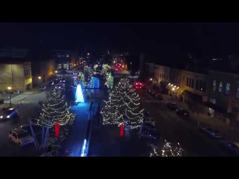 The Main Street Light Extravaganza on Poplar St | Christmas Lights