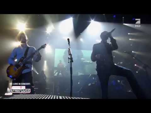 Linkin Park - Somewhere I Belong (Telekom Street Gigs Berlin 2012) HD