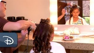 Little Ones Enjoy Makeovers | Aulani, A Disney Resort & Spa