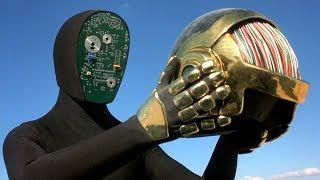 机器人想要变成人类,却被同类驱逐,最终走向了毁灭!
