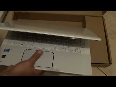 Unboxing the Toshiba Satellite L40-A