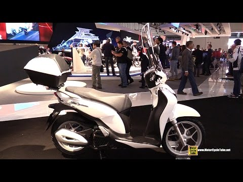 2015 Honda SH Mode 125 Scooter - Walkaround - 2014 EICMA Milan Motorcycle Exhibition