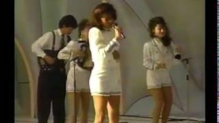 Y Sigo Pensando En Ti (En vivo) - Patricia Teheran (Video)