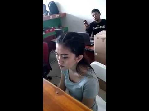 Video Curhat Driver GoJek : Gojek tak seindah yang dibayangkan