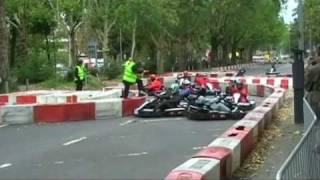 preview picture of video 'Outdoor Kartrennen in Wiesbaden City 2009'