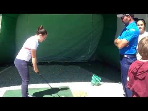 Lezione di golf ai Giardini Estensi