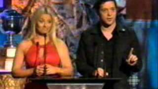 Trish Stratus presents at NHL Awards 2007, plus Red Carpet interview