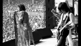 Aerosmith - Walkin' The Dog (Live 1974)