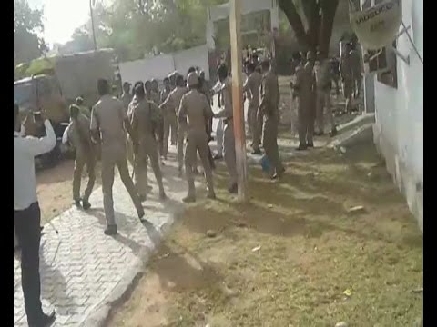 Bajrang Dal workers attack Agra police station to rescue 5
