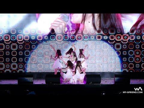 Дівчата з Південної Кореї зірвали шалену популярність завдяки ляпам на сцені (ВІДЕО)