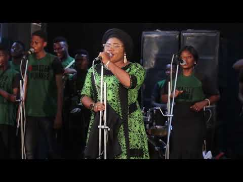 Download ESTHER IGBEKELE Life On Stage HD Mp4 3GP Video and MP3