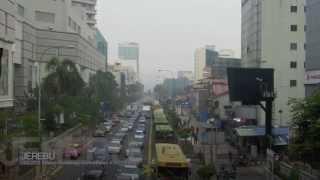 preview picture of video 'JOHOR BAHRU hampir pupus di landa J E R E B U [Haze] Malaysia, South East Asia'