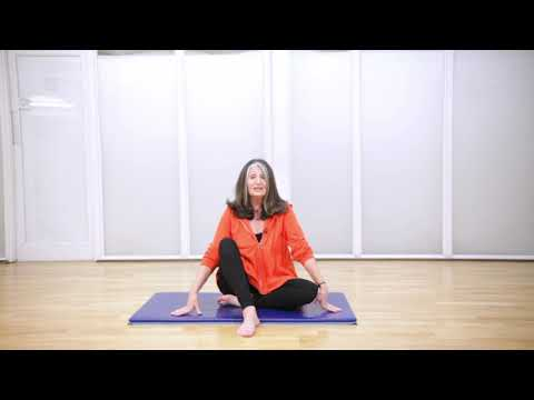 Training to become a Pilates Teacher with Lynne Robinson - YouTube