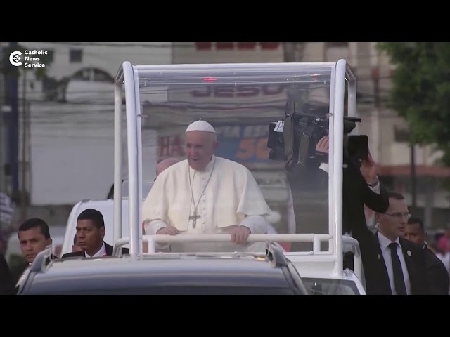 Pope Francis touches down in Panama