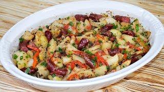 Бесподобный ужин: картофель с охотничьими колбасками в духовке