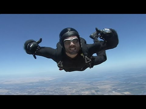 Mike Swick Jumps From Plane And Backflip Free Falls 10k Feet – Savage Life Media