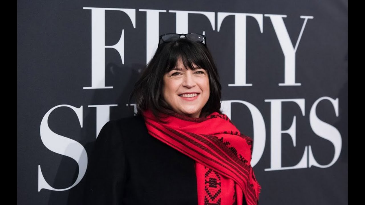 50 Shades of Grey Author E.L. James Twitter Interview Gets Derailed thumbnail