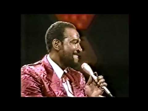 Marvin Gaye - LIVE Sexual Healing - Soul Train 1983