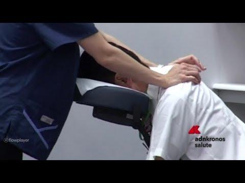 Igroma del ginocchio a qualcuno
