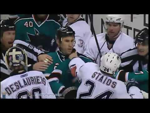 Jay Leach vs. Steve Staios