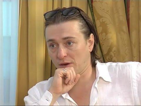 Безруков читает Гордону Есенина