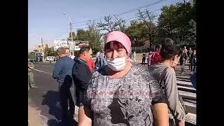 В Николаеве работники «Степового» перекрыли Варварвский мост