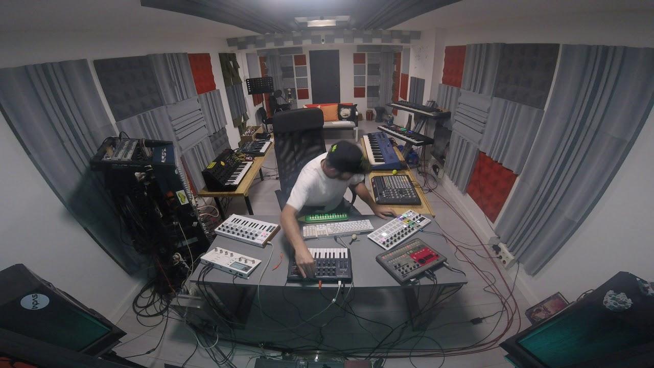 Alex Brinken - Jah session 01 (raw live set)