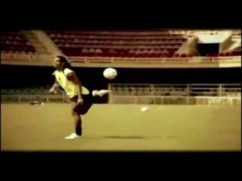 FREESTYLE FOOTBALL ! UNMATCHED WIZARDS OF BALL   NEYMAR   RONALDINHO