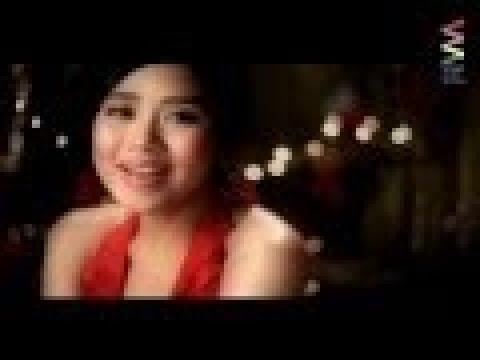 Sarah Geronimo — Your Christmas Girl [Official Music Video]
