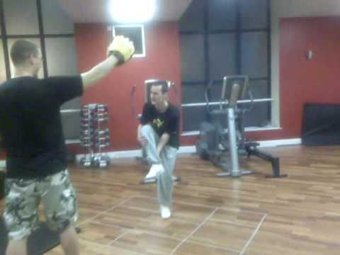 Zdjęcie mięśnie ramion ćwiczenia dla kobiet