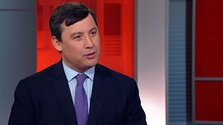 Michael Chong campaigns as Conservative race heats up