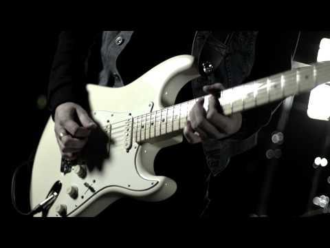 Karol Komenda TRIO - Karol Komenda TRIO - Easy Peasy Lemon Squeezy (Official Videocli
