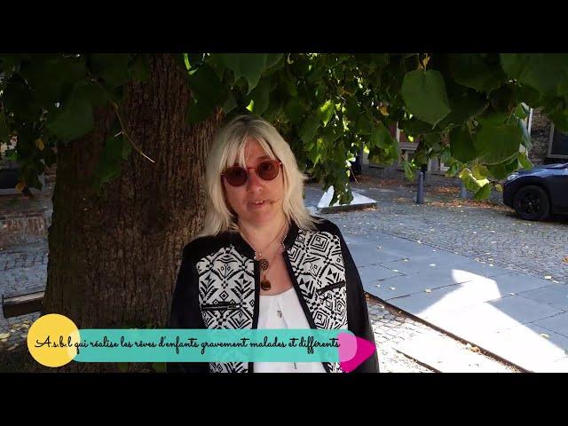 """Youtube - Sylvie entre """"deux univers"""""""