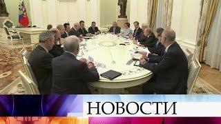 Владимир Путин призвал бизнесменов из Великобритании активнее вкладываться в экономику России.
