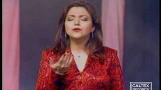 Rosvaye Zamaneh Music Video