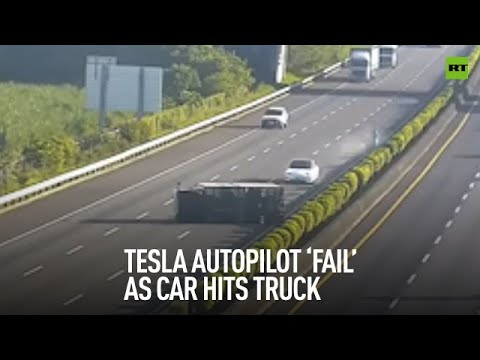 When autopilot isn't paying attention | Tesla slams into truck in Taiwan