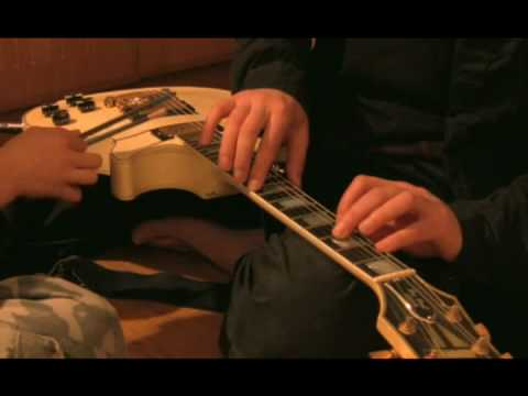 """Pulp Fiction""  na gitarę i kredki"