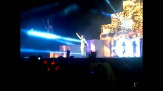 Cheryl Cole - Sexy Den A Mutha (Live at the LG Arena)