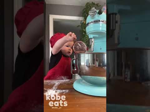 השף הצעיר בעולם מכין עוגיות שוקולד צ'יפס