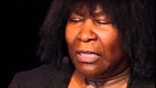 Joan Armatrading - Drop The Pilot - Scottish Rite Auditorium - April 18, 2015