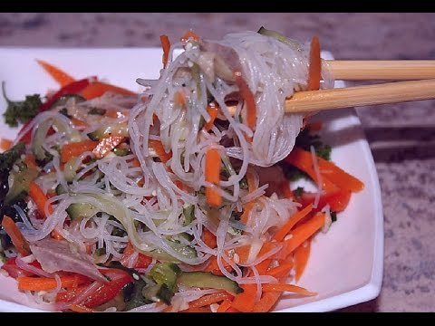 Салат фунчоза с кунжутом