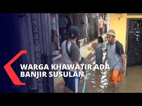 khawatir banjir susulan warga pilih bertahan di pengungsian