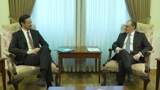 Զոհրաբ Մնացականյանը հանդիպեց Գերմանիայի Դաշնային Հանրապետության Բունդեսթագի պատգամավորի հետ