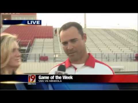ETFinalScore.com talks about the football game between Van and Mineola.