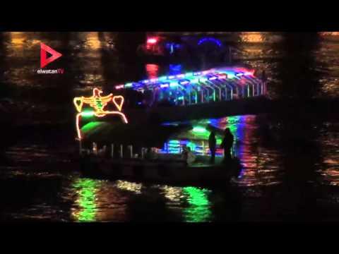 المصريون يرقصون برأس السنة على المراكب النيلية