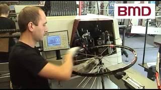 Bicycle wheel lacing machine