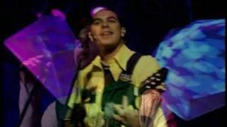 Sorriso Maroto - Me Espera (Live)