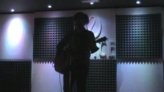 preview picture of video 'Massimiliano Galli - Ostaggi - Senza Dire Niente - Voice Club Corsico - 18/05/2013'