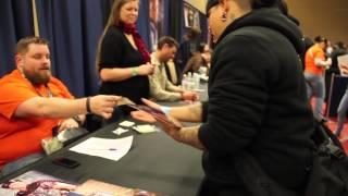 Dallas Comic-Con: Sci-fi Expo 2014 Karl Urban signing autographs