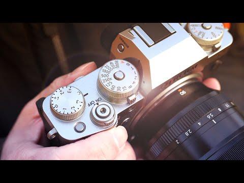 External Review Video Anr0csoEGAQ for Fujifilm X-T4 APS-C Camera
